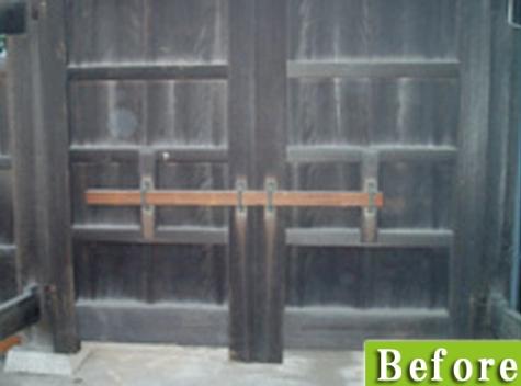 木製の門施工前